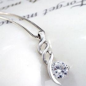 ベネチアンチェーン☆トルネードデザイントップネックレス   上品な特別感が胸元を飾る