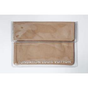 キャメル【FONDATION LOUIS VUITTON】美術館 限定 タブレットポーチ | #Tablet Pouch CAMEL パリのルイヴィトン美術館の限定商品