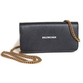 {BALENCIAGA]長財布  CASH WALLET ON CHAIN | 柔らかいカーフスキンとアクセントを添えるブランドロゴが魅力のアイテム!