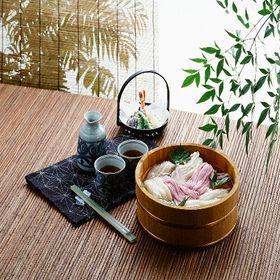 【400g】食卓を華やかにする「さくらうどん」たれ付き | 稲庭古来うどんに桜葉粉末で香り付け。さくらの風味と共に、桜の色味鮮やかに食卓を飾ります!