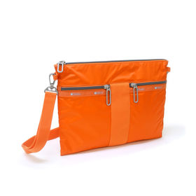 [LeSportsac]ショルダーバッグ POUCH CROSSBODY オレンジ | トレンドのサコッシュタイプ!ちょっとしたお出かけに◎