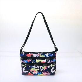 [LeSportsac]ショルダーバッグ QUINN BAG(花柄) | 豊富なポケットで小物もすっきり収納!日常使いにオススメ♪