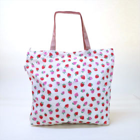 [CathKidston]トートバッグ ライトピンク LARGE FOLDAWAY TOTE | コンパクトに折りたためるので、出先で荷物が増えたときにも安心♪