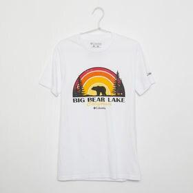 メンズXLサイズ【Columbia】Tシャツ PRINT S/S TEE ホワイト | 大胆なプリントでこれ一枚でコーディネイトの主役に!
