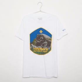 メンズSサイズ【Columbia】Tシャツ PRINT S/S TEE ホワイト | 大胆なプリントでこれ一枚でコーディネイトの主役に!