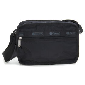 [LeSportsac]ショルダーバッグ CLASSIC CUBE CROSSBODY ブラック | 女性が使い易いサイズ感で、デイリーから旅行まで幅広く活躍が期待できそう!