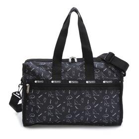 [LeSportsac]ボストンバッグ DELUXE MEDIUM WEEKENDER ブラック系 | 旅行には欠かせないボストンバッグ!キャリーバーに通せるポケット付きでサブバッグとしても◎