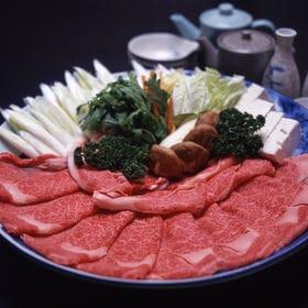 松阪牛すき焼き(ロース・肩ロース)〔200g〕