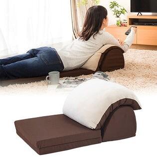 【ベージュ×ブラウン】TV枕 クッション チェア 生地はフランネル生地を使用しており肌触り滑らか。