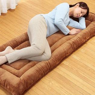 【ベージュ】≪中綿増量版≫暖かマイクロファイバーごろ寝長座布団