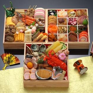 【12月29・30日にお届け】和風おせち料理 「神楽坂くろす」 7寸61品目4人前